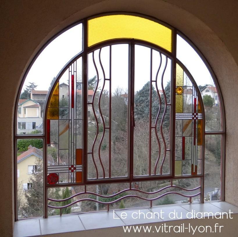 Creation de vitraux dans verriere par marion rusconi 69004 lyon