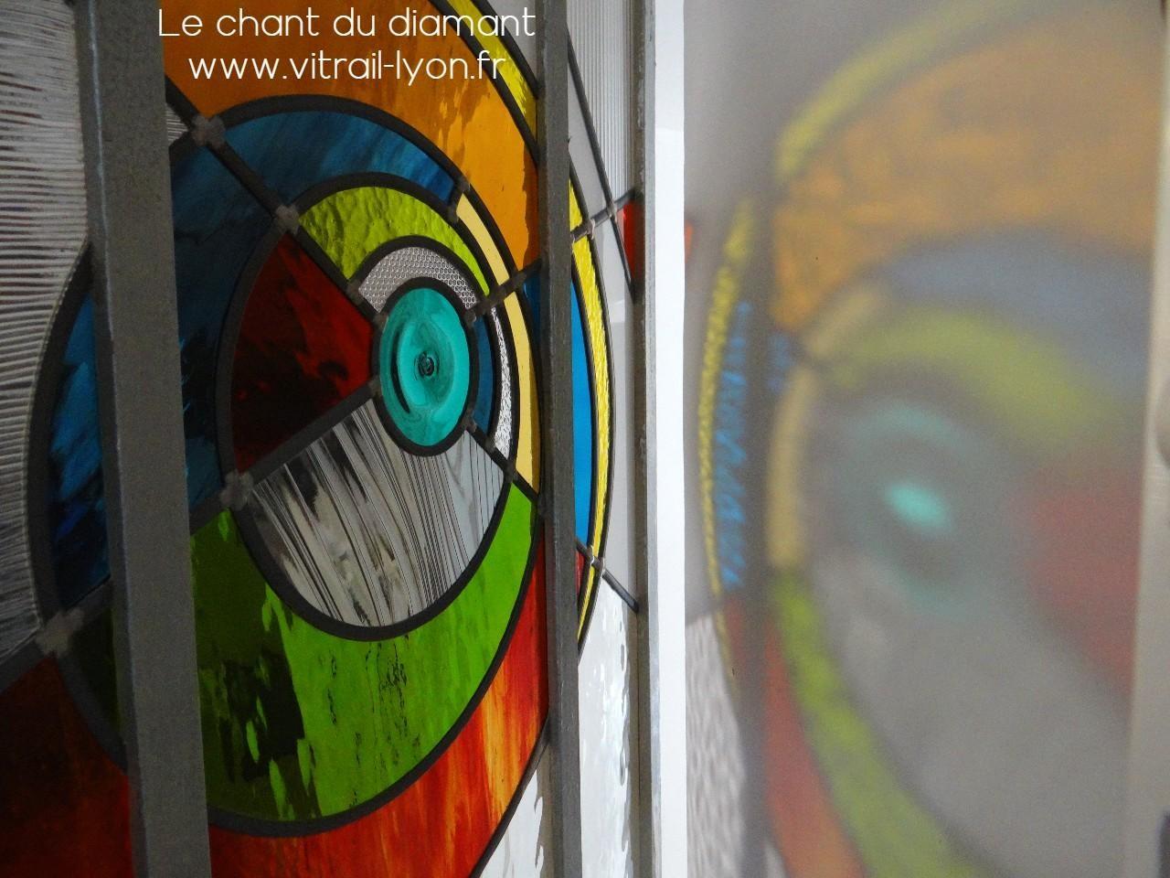 Vitrail creation contemporaine realise par marion rusconi lyon 69004