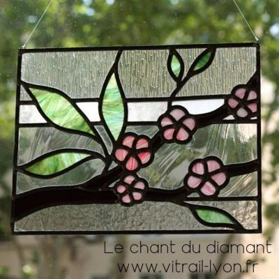 Vitrail fleur de cerisier creation de vitraux a lyon
