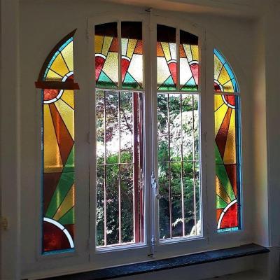 Baie vitree vitrail art deco maison a lyon 69004
