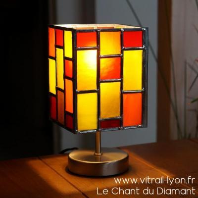 Lampe vitrail verre orange rouge et jaune creation